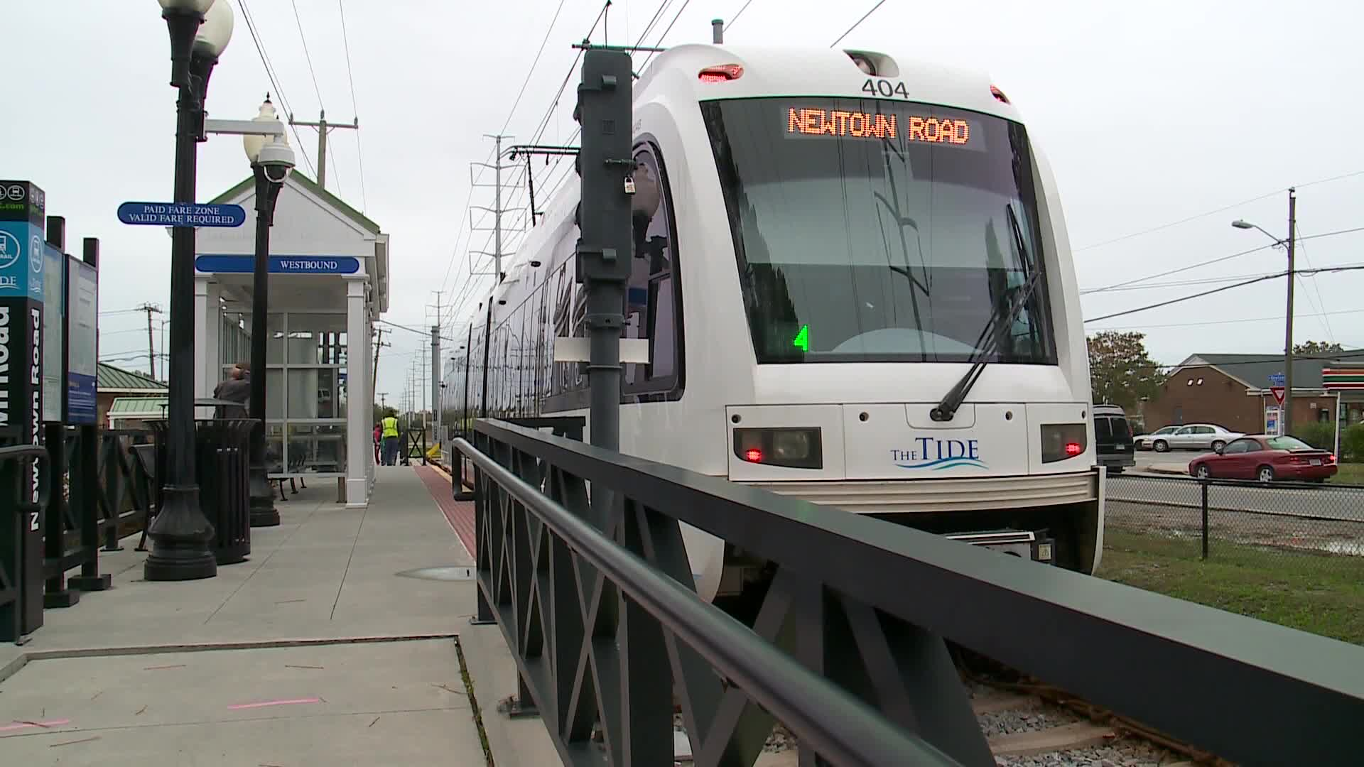 """will light rail be enough The virginian pilot reports that the cost of the hampton roads (virginia beach-norfolk metropolitan area) """"tide"""" light rail line has now escalated to."""