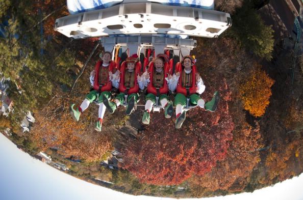Busch Gardens Ride Alpengeist Becomes Stuck With Riders