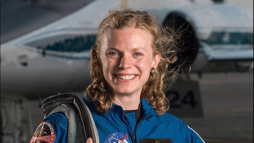 how to become a nasa astronaut